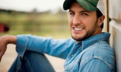 Luke Bryan, Little Big Town & Dustin Lynch tickets at Saratoga Performing Arts Center in Saratoga Springs, NY for Sunday 7/31/2016 concert. To buy Luke Bryan, Little Big Town & Dustin Lynch tickets cheaper, use promo code DTIX when checking out. You will